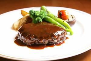 【洋食】<Br>飛騨牛 ハンバーグステーキ<br>温野菜添え