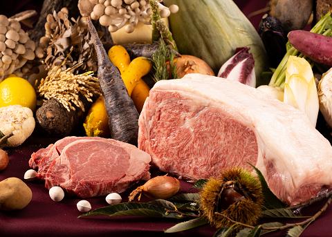 味覚の秋をほお張る♪飛騨牛食べ比べの美食の旅