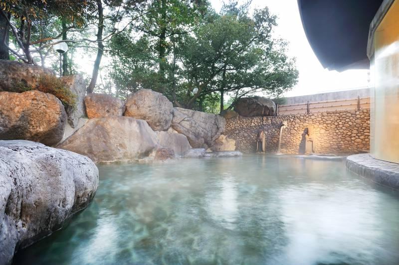 山水閣「龍神の湯」